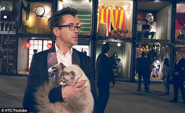 Iron Man Has A Soft Spot For his Fur-babies