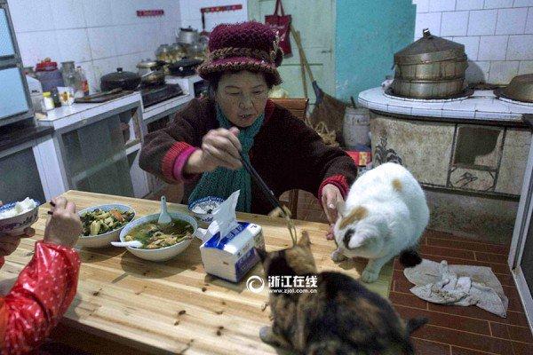 Weng-Xiaoping4-600x400-min