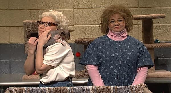 """""""Valentine's Day with cats"""" w/ Melissa McCarthy and Kate McKinnon on SNL"""