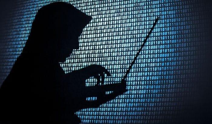 Computer-hacker-silhouette-min