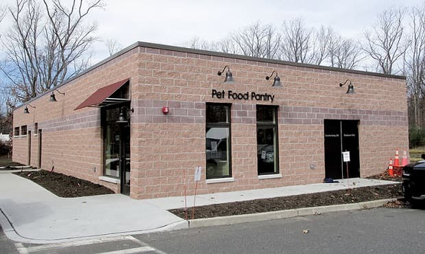 """New Jersey's Only """"Pet Pantry"""" and Its Miraculous Expansion"""