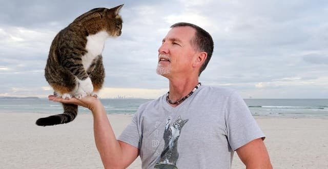 Meet Coast's World Record Beating Cat